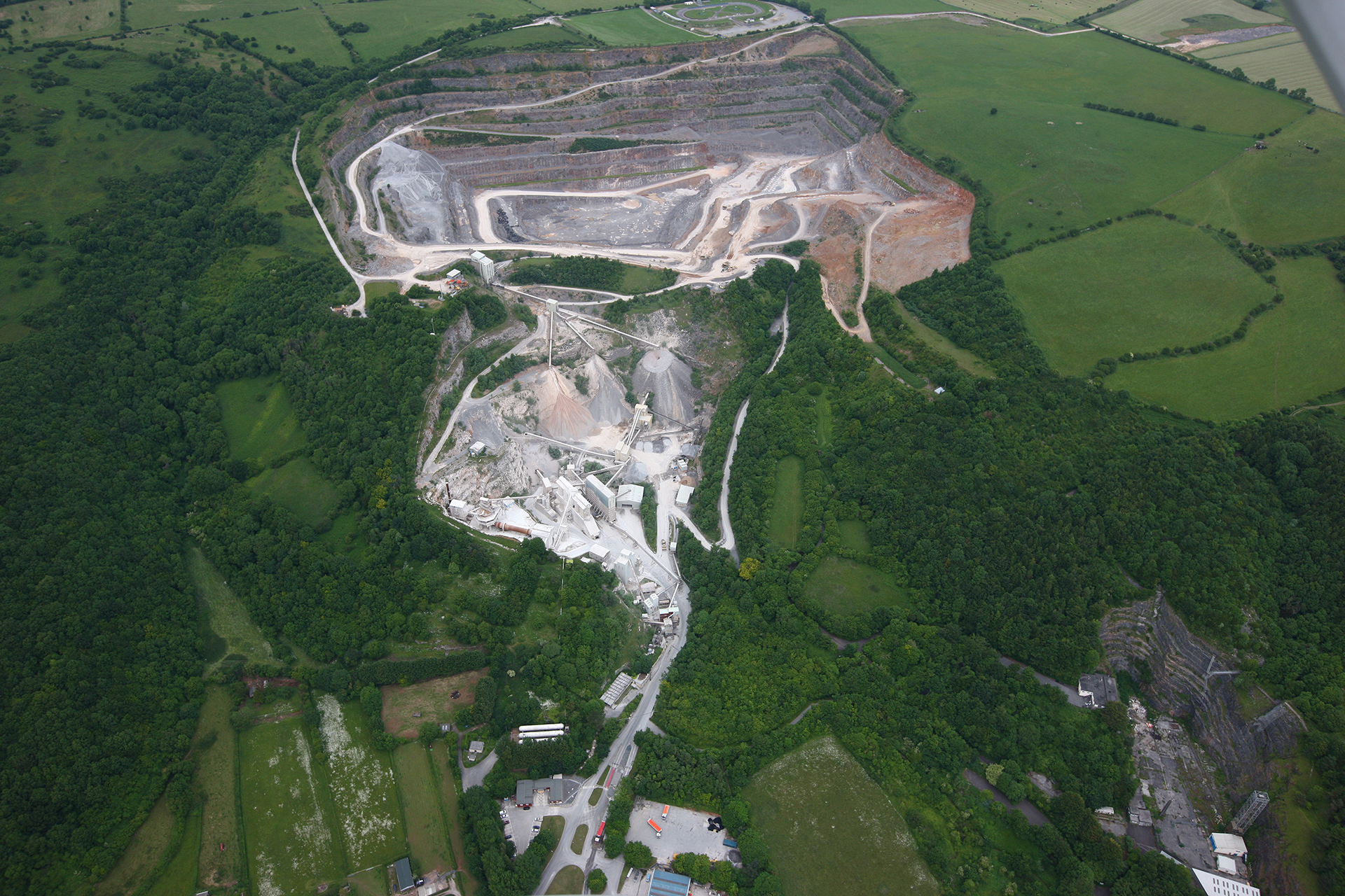 batts combe quarry community page